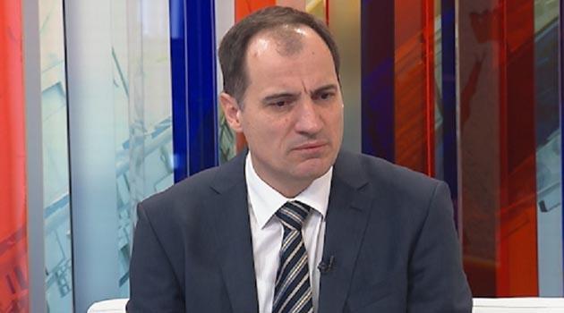 Slaven Dobrović: Ministar Ćorić je prekrupna riba da bi sada bio obuhvaćen iznenadnim privođenjem